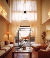 客廳落地式窗簾