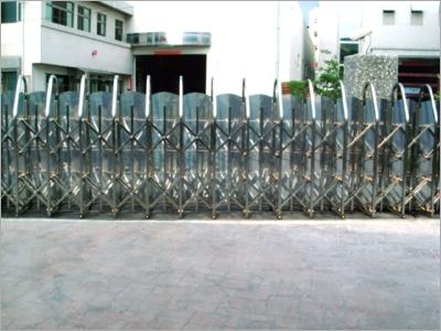 不鏽鋼伸縮大門