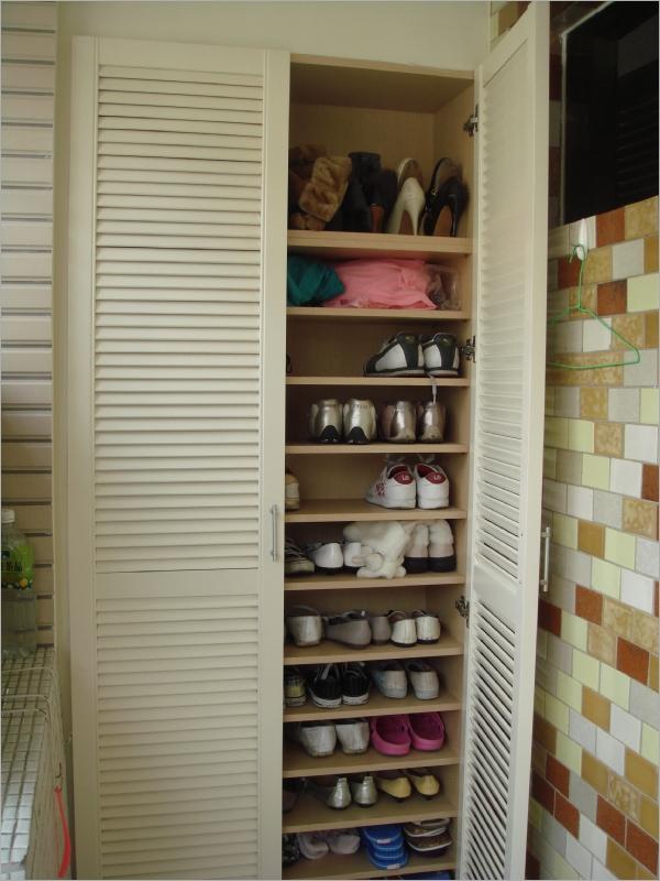 阳台鞋柜内部结构