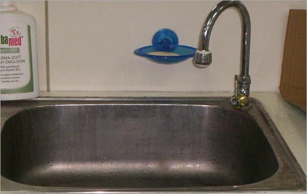 水龍頭安裝    水電行專線:0932-028125 呂先生