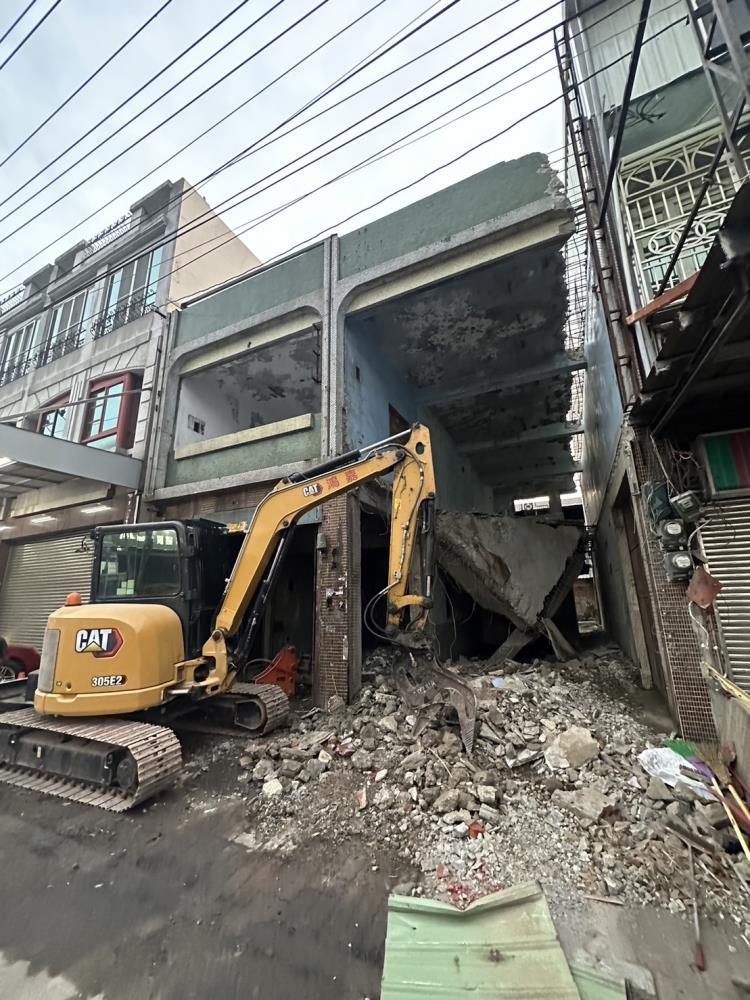 民宅拆除整地工程