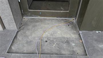 鋁合金除泥地墊(典雅型)-鋁收邊框(後埋式)-施做