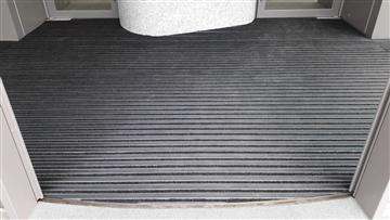 鋁合金除泥地墊(典雅型)-不規則型案例