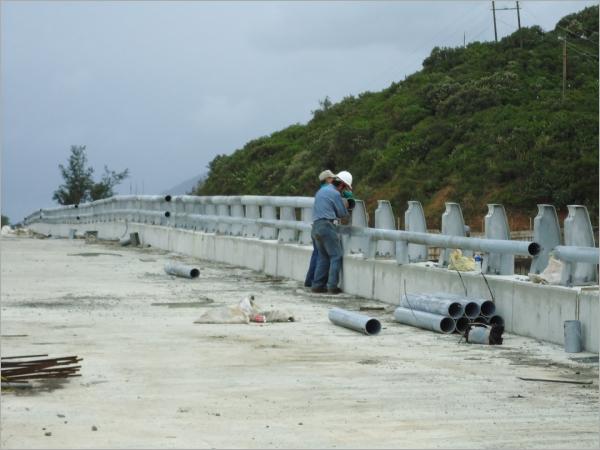 橋樑鋼管護欄工程