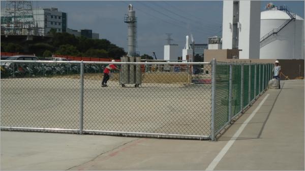 工廠鐵網圍籬