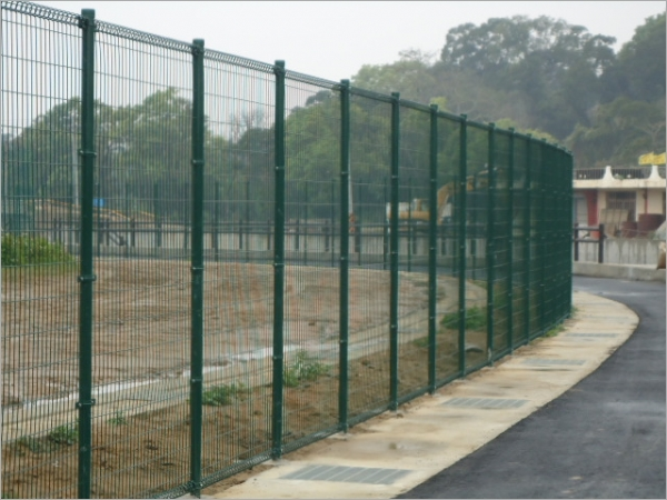 球場金屬網圍籬