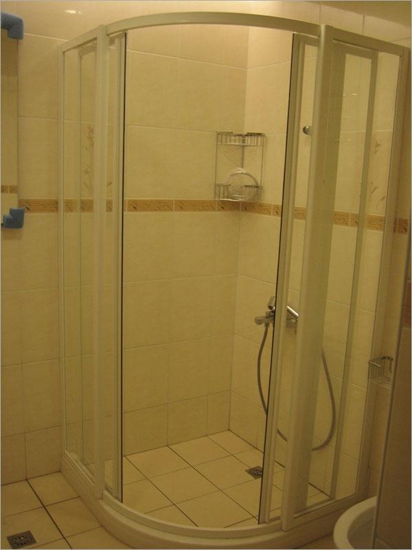 乾濕分離浴室淋浴拉門