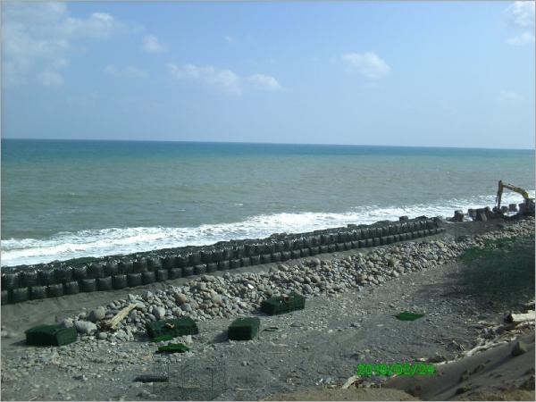 漁港土石籠圍堰工程