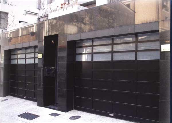 玻璃平板門