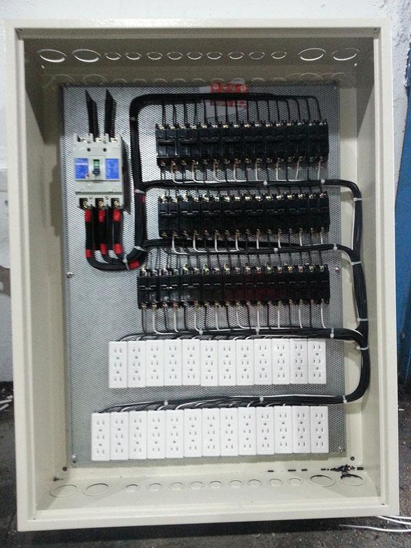 大樓住宅配電力配電盤組裝工程