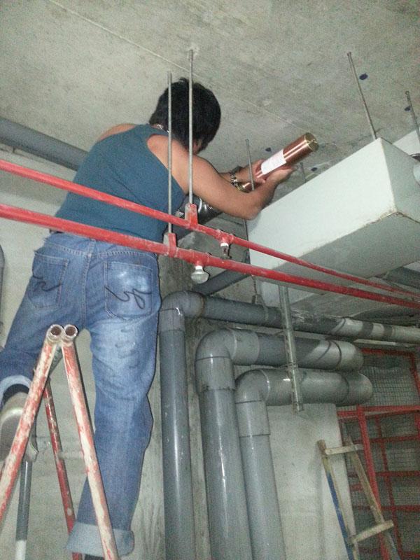 揚水管路水槌吸收器安裝