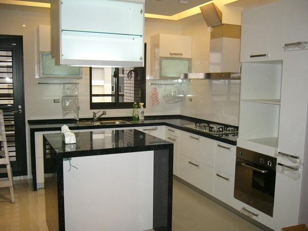 蘆洲中島型歐化廚具 系統櫥櫃 廚房設備