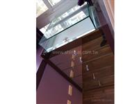 UV膠02-2967-9869、紫鏡 、百貨櫥窗、百貨裝潢玻璃工程