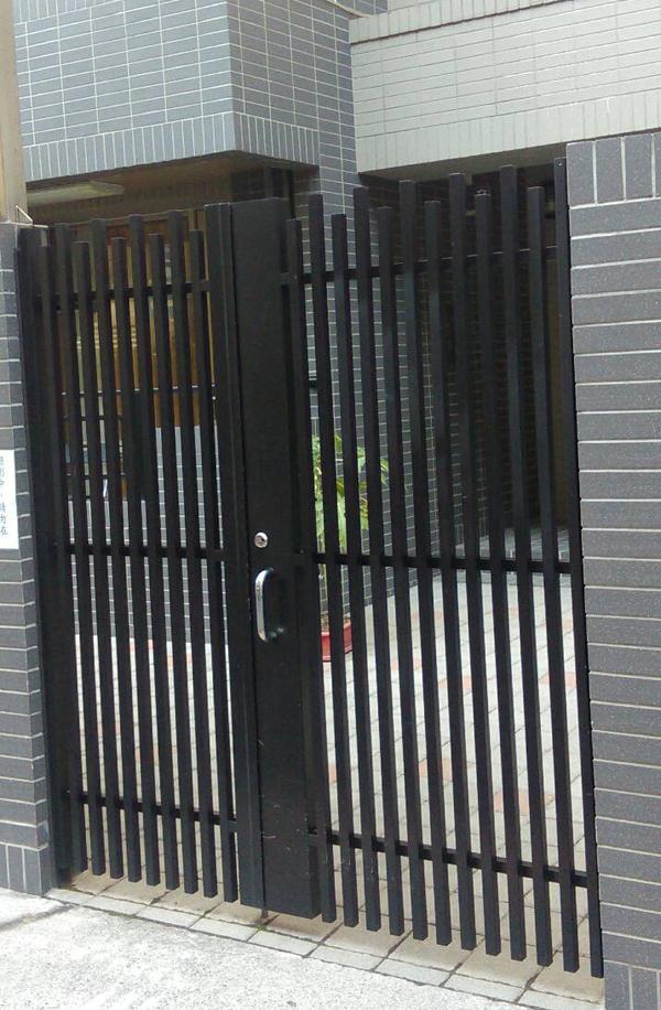 鋁格柵門維修
