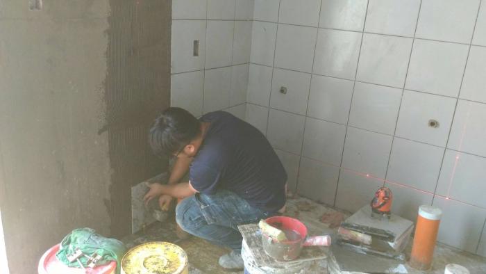 牆壁磁磚翻新