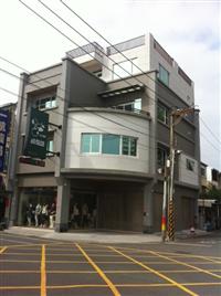 店面三角窗改建(後)