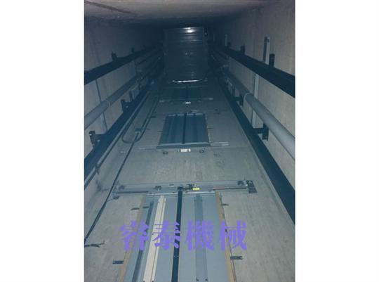 油壓式客梯-23