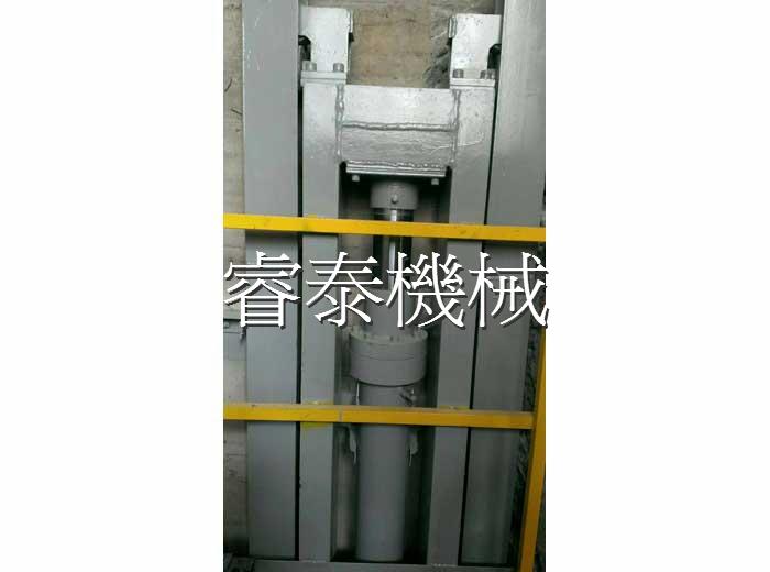 油壓直接式昇降機