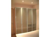 臥房玻璃雙開門系統衣櫃