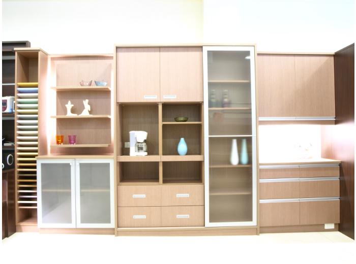 客廳系統櫥櫃