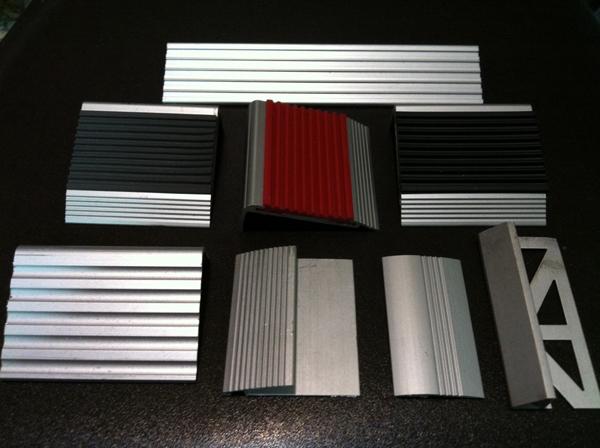 鋁樓梯止滑條、地毯收邊條、鋁磁磚收邊條