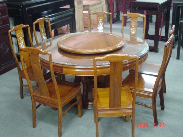 木制餐桌  本公司销售产品有明清仿古家俱