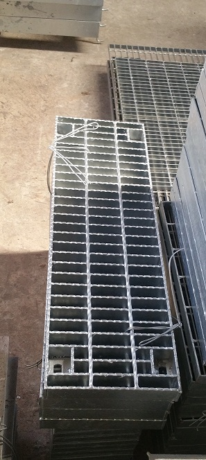 止滑型固定式格柵蓋