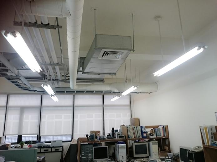 辦公室冷氣出回風管