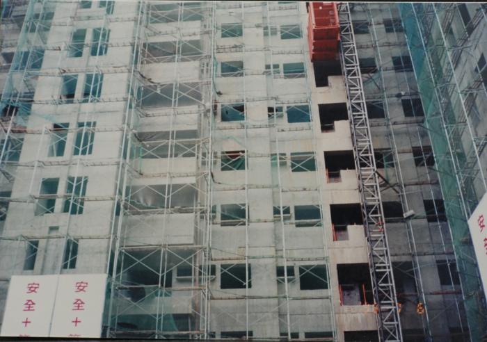 外牆鷹架及防塵網工程