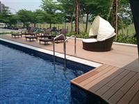 泳池塑木平台