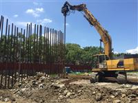 樹林區樹喜廣場新建工程-鋼軌樁打設