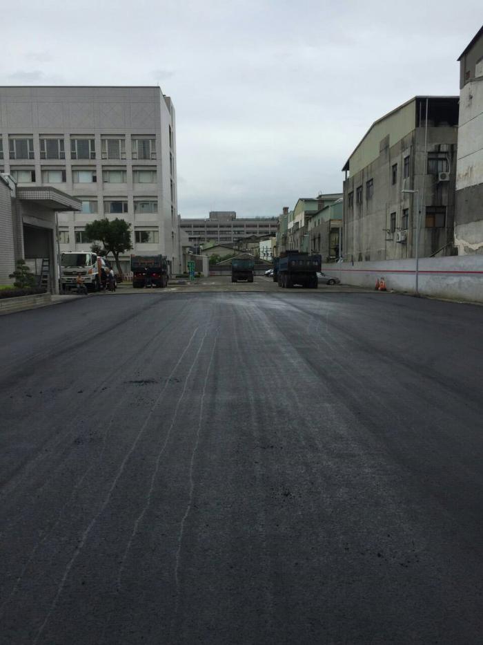 汽車保養場道路瀝青柏油地坪鋪設