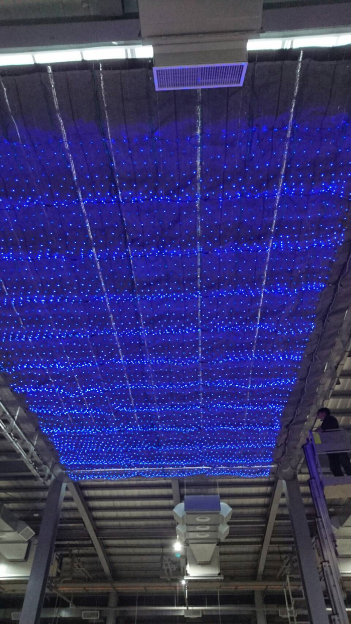 遮陽網下加星光燈