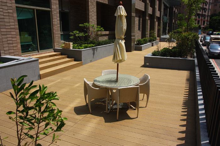 新北市塑木地板
