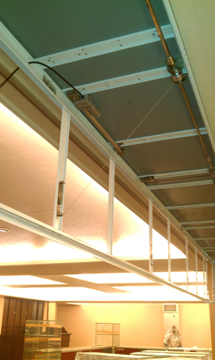 自動防煙垂壁