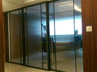 鐵框玻璃隔間門