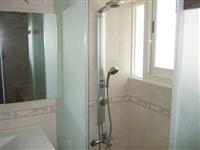 浴室整修/磁磚鋪設/淋浴拉門/浴櫃