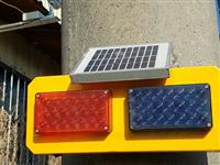 太陽能紅藍警燈組警示燈/附掛式