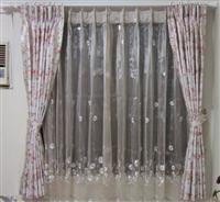 主臥公主風窗簾