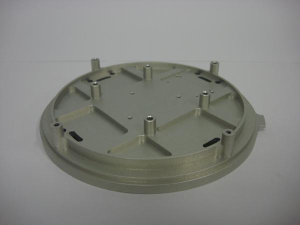 CNC中心機加工、CNC機械零件加工、CNC模具加工
