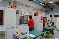 CNC精密放電加工機