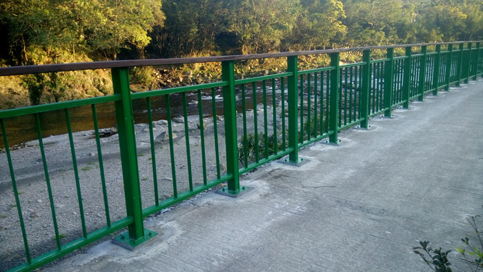 自行車道護欄