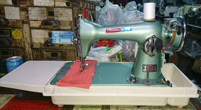 桌上型手提縫紉機