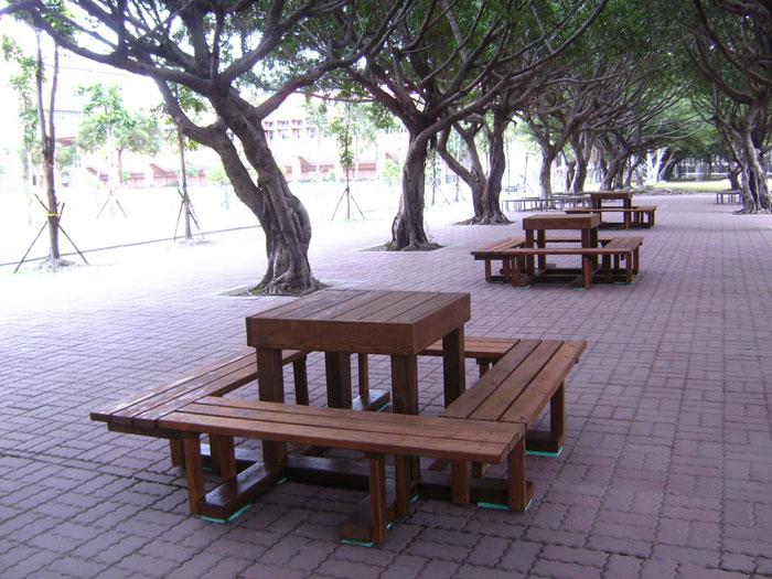 南方松木作正方形野餐桌椅
