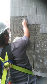 大樓磁磚修補