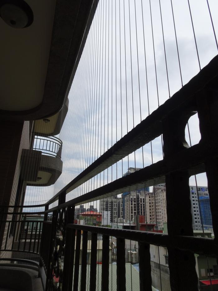 鋼索防護窗