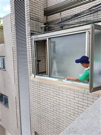 窗框防漏施工