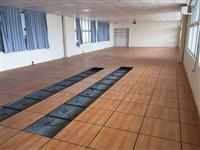 木紋色高架地板