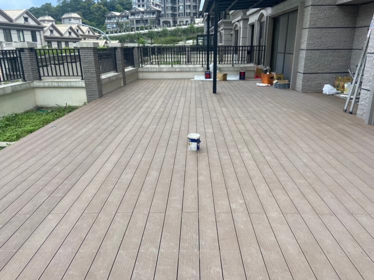 戶外塑木地板、戶外塑木平台、塑膠仿木02-8985-0348