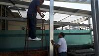 屋頂加蓋施工中